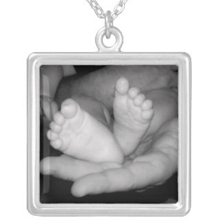 He's got the whole world in his hands Necklace - 2