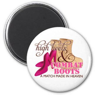 High Heels and Combat Boots (Desert) 6 Cm Round Magnet