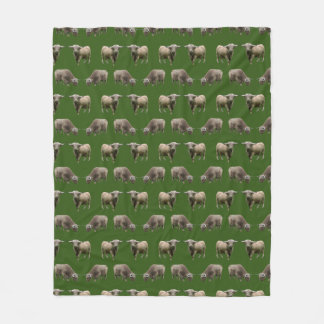 Highland Cow Frenzy Fleece Blanket (Dark Green)