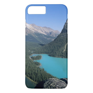 Hiker overlooking turquoise-colored Lake iPhone 8 Plus/7 Plus Case