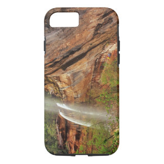 Hiking The Emerald Pools Trail in Zion National iPhone 8/7 Case