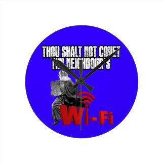 Hilarious wi-fi round clock