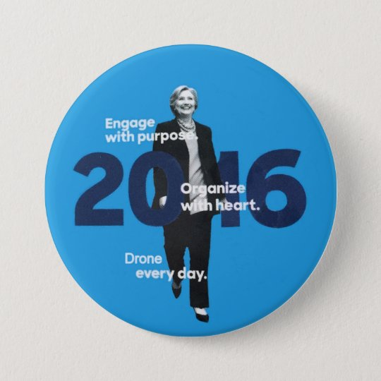 Hillary (Drone every day) 7.5 Cm Round Badge