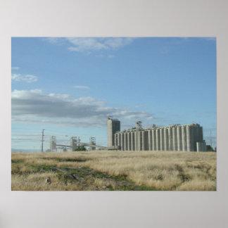 Hillsboro Grain Elevator Poster