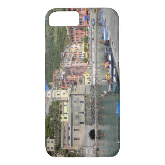 Hillside town of Vernazza, Cinque Terre, Liguria iPhone 8/7 Case