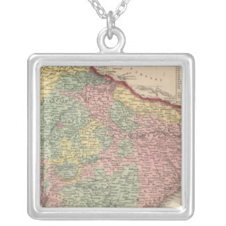 Hindoostan 2 silver plated necklace