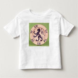 Hispano-Moresque dish, tin-glazed T Shirt