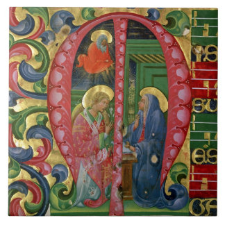 Historiated initial 'M' depicting The Annunciation Tile