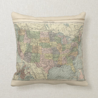 Historic Map of-the United States Throw pillow