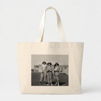 Hitting the Links in Style: 1923 Jumbo Tote Bag