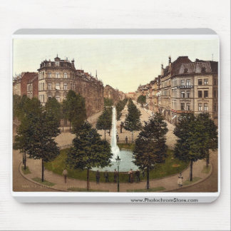 Hohenstaufenring, Cologne, the Rhine, Germany clas Mousepad