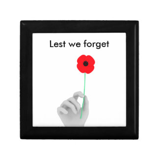 Holding Poppy Small Square Gift Box