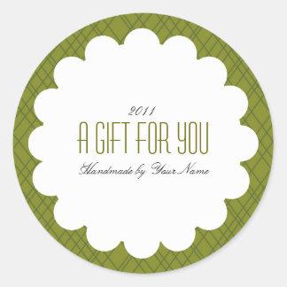 Holiday Gift Label in Green Round Sticker