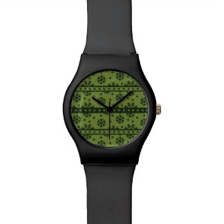 Holiday Green Snowflakes Pattern Wrist Watch