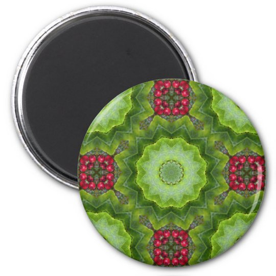 Holly Berry Kaleidoscopic Mandala Design 6 Cm Round Magnet