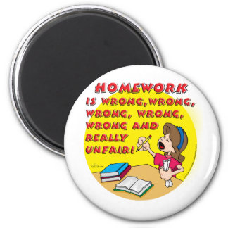 Homework is wrong! (girl) 6 cm round magnet