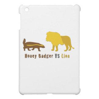 honey badger vs lion iPad mini case