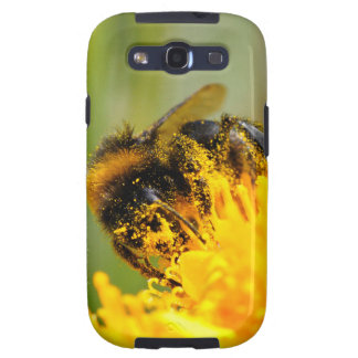 Honey bee and pollen galaxy SIII cover