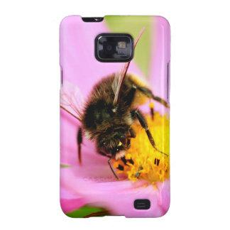 Honey bee feeding on cosmos flower samsung galaxy SII cases