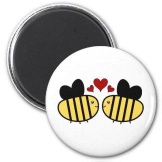 Honey Bee Love 6 Cm Round Magnet