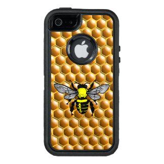Honey Bee on Honeycomb Beekeeper Case