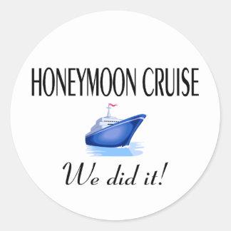 Honeymoon Cruise Round Sticker