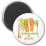 Honeymooning in Hawaii 6 Cm Round Magnet