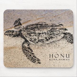 Honu - Hawaiian Sea Turtle Mouse Mat