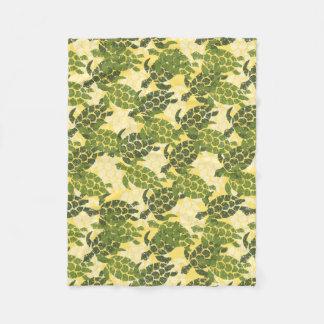 Honu Sea Turtle Hawaiian Aloha - Olive Fleece Blanket