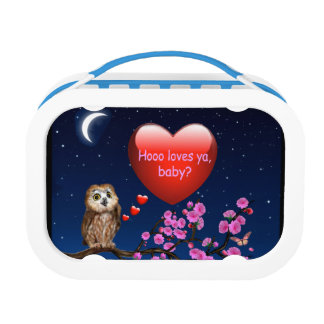 Hooo loves ya, baby? lunch box