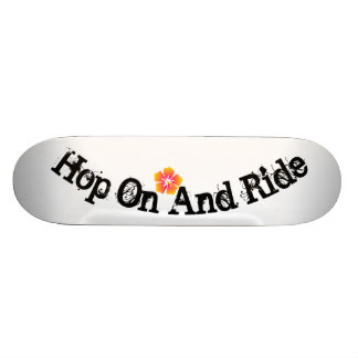 Hop On And Ride 18.1 Cm Old School Skateboard Deck