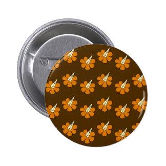 Hornflower on brown 6 cm round badge