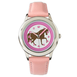 Horse Theme Wristwatch with Pink Details