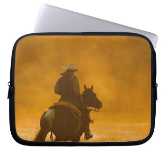 Horseback rider 3 laptop sleeve