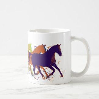 horses farm-themed canecas