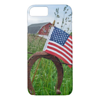 horseshoes and American flag on fence iPhone 8/7 Case