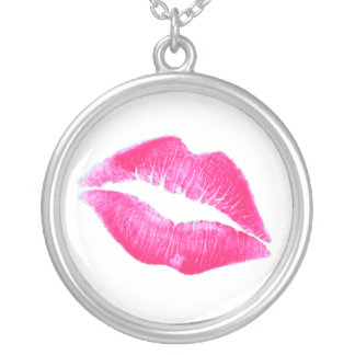 HOT LIPS by SHARON SHARPE Round Pendant Necklace