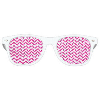 Hot Pink and White Chevron Pattern