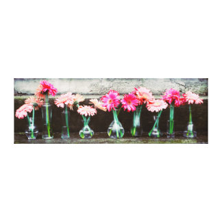 Hot Pink Daisy Canvas Print