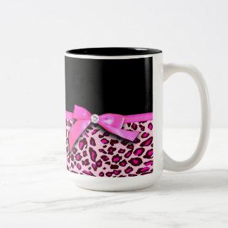 Hot pink leopard print ribbon bow graphic Two-Tone coffee mug