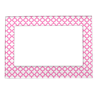 Hot Pink Quatrefoil Pattern Magnetic Frame