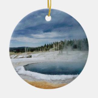 Hot Springs- Yellowstone Round Ceramic Decoration