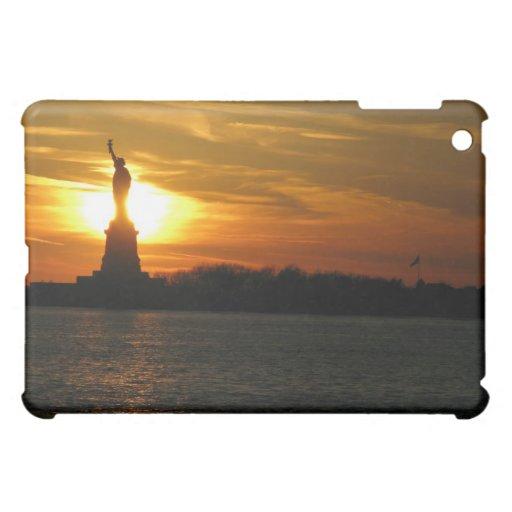 hot statue of liberty iPad mini case