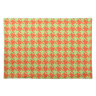 Houndstooth Check Pattern in Green and Orange Placemat