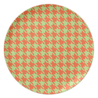 Houndstooth Check Pattern in Green and Orange Plate