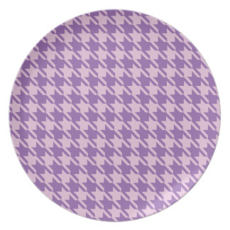 Houndstooth Checks Pattern in Shades of Purple Plate