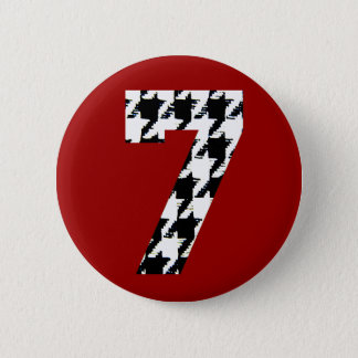 Houndstooth Lucky Seven 6 Cm Round Badge