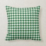 Houndstooth Pattern in Kelly Green and White Cushion