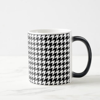 houndstooth pattern magic mug