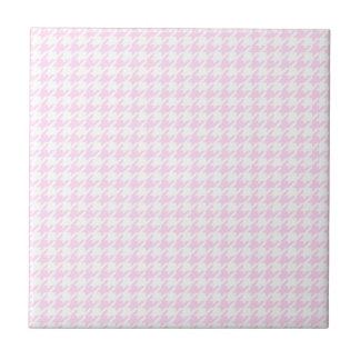 Houndstooth pattern - pastel pink tile
